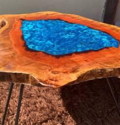 Mesa rústica de Amendoeira