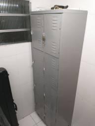 Roupeiro Em Aço Vestiário Guarda Volumes Metal Ferro 8 Portas