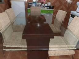 Mesa com 6  cadeiras - Novinha