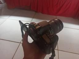Canon EOS 70D + Lente / USADA