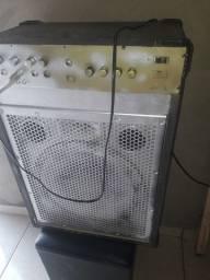 vendo essa caixa de som potência ela foi feita