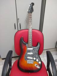 Guitarra Eagle Stratocaster das antigas