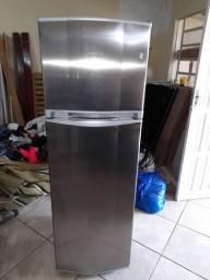 Refrigerador cônsul inox
