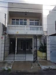 Excelente Casa em rua pública / Siqueira Campos