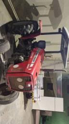 Trator Massey Ferguson, modelo:250XE.
