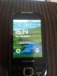 Vendo telefone Samsung simples para quem precisa não tem.