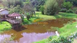 Lindo sítio de 55.000,00 m² com área de lazer e açude em Imaruí, Santa Catarina.