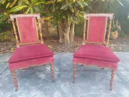 Lindíssimo par de cadeiras super antigas