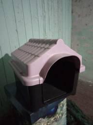 Casa de cachorro de plástico