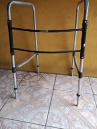 Andador pra idoso ou doença ortopédica