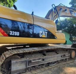 Título do anúncio: Escavadeira cat 320d ano 2010