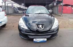 Vendo Peugeot sedã 1.4 8v