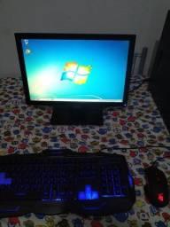 Computador com SDD para estudar