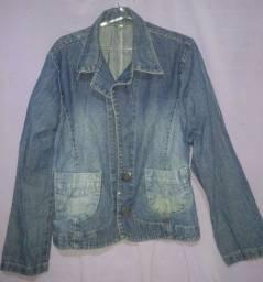 Casaco/blaiser jeans com botões. Seminovo