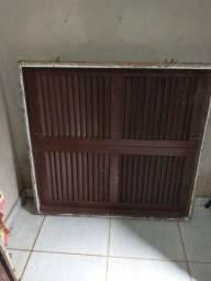 2 portas e uma janela usados mas em bom estado