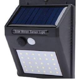 Luminaria com sensor.de.presença Baterua Solar