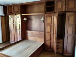 Armário 6 portas em mogno, madeira maciça