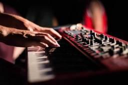 Aulas piano e teclado