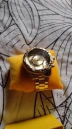 Título do anúncio: Relógio novo na caixa