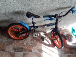 Bicicleta Caloi aro 16 hot wheels