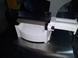 Cilindro Eletrico  para massas opção com Opção de Cortador De Talharim