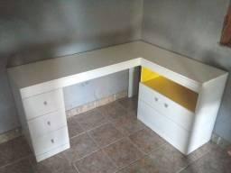 Mesa pra escritorio e pra estudo