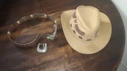 Vendo chapéu de touro  De criança , serve até 16 anos