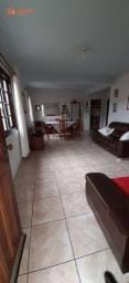 Casa á venda no Bairro da Barra em Balneário Camboriú SC, com 03 dormitórios