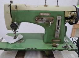 Máquina de costura reta - Elgin
