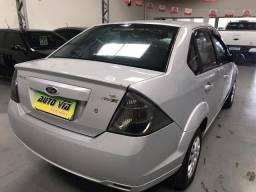 Ford/Fiesta 1.6 sedan ano 2013 placa A