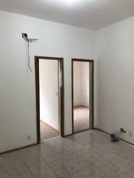 Título do anúncio: Casa de três quartos no Méier - MEI300