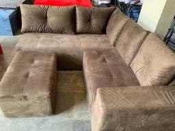 Sofa de canto com puf