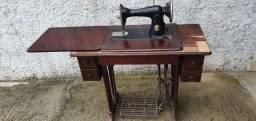 Maquina de costura antiga singer