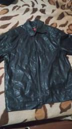 Vendo jaqueta gg motivo ficou grande
