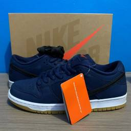 Nike Dunk SB Low Navy Gum