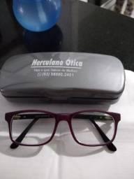 Óculos seminovo