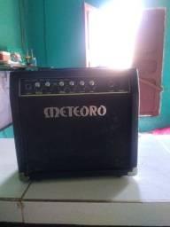 Amplificador Meteoro Para Guitarra Elétrica Mg15 Cubo 15w<br><br><br>
