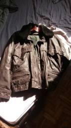 fa963d0ac7e66 Linda jaqueta de couro marrom estilo aviador tam. 50 forrada