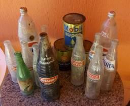 Diversas garrafas antigas