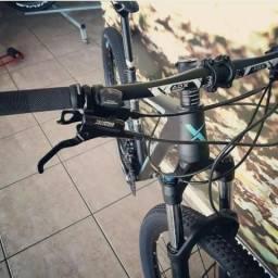 Bicicleta Audax 400 /Shimano Deore 11/42d / Freio Hid / NOVA