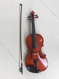 Violino com case preta