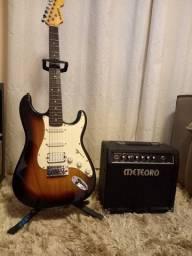 Guitarra punko + caixa de som meteoro + pedaleira brinde