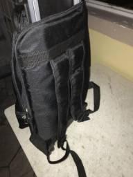 Vendo mochila com rodinha