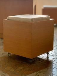 Puffy Bau de madeira 0,45 x 0,45 x 0,50