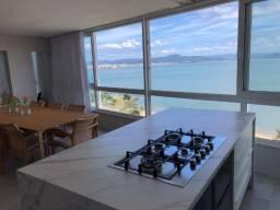 Cobertura Beira mar, Apartamento de 02 quartos