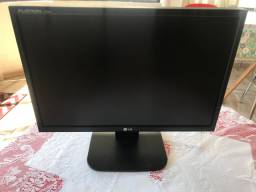 Vende-se Monitor de LCD LG