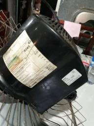 Vendo este ventilador turbo 127v