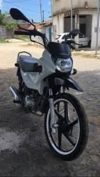 Vendo pop 110i 2018 com apenas 6mil km moto de procedência e pra pessoa exigentes