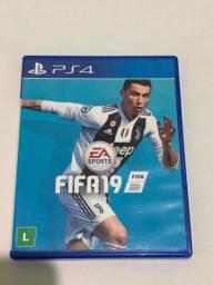 Jogo FIFA 19 - Playstation 4