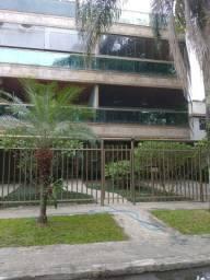 Alugo - 3 Quartos, 1 suite, 175 m2, Localização Jardim Oceânico ? Barra!